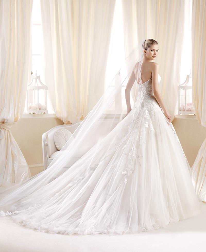 d141e68491552 Abiti sposa 2014 stile Ottocento11