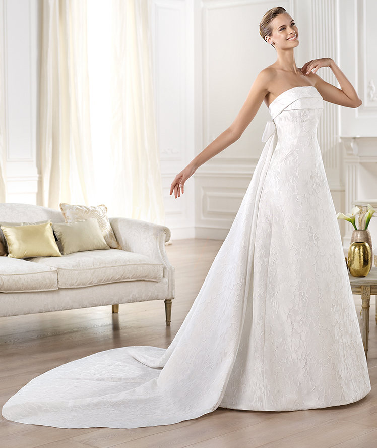 4a37e82e41ec5 Abiti sposa 2014 stile Redingote5