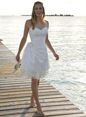 Matrimonio In Spiaggia Abiti : Matrimonio su spiaggia abito sposa esempi7 look sposa