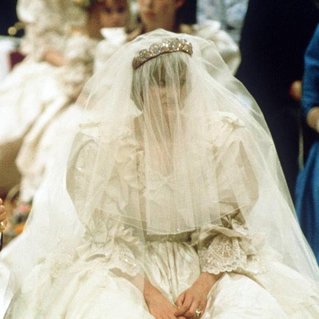 897b48a10116 Lady Diana abito sposa ai figli per testamento6