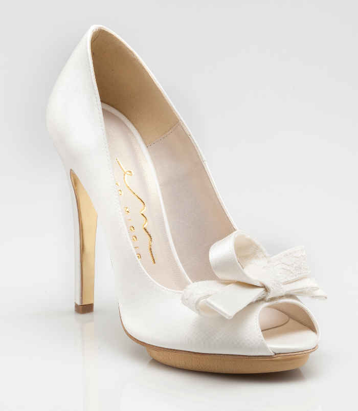 762e5d1e09840 Scarpe sposa 2015 Enzo Miccio bridal collection luxury shoes