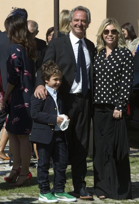 Fabrizio frizzi carlotta mantovan sposi8 look sposa for Fabrizio frizzi e carlotta mantovan