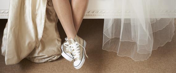Scarpe Abito Da Sposa.Abiti Da Sposa E Sneakers Look Sposa