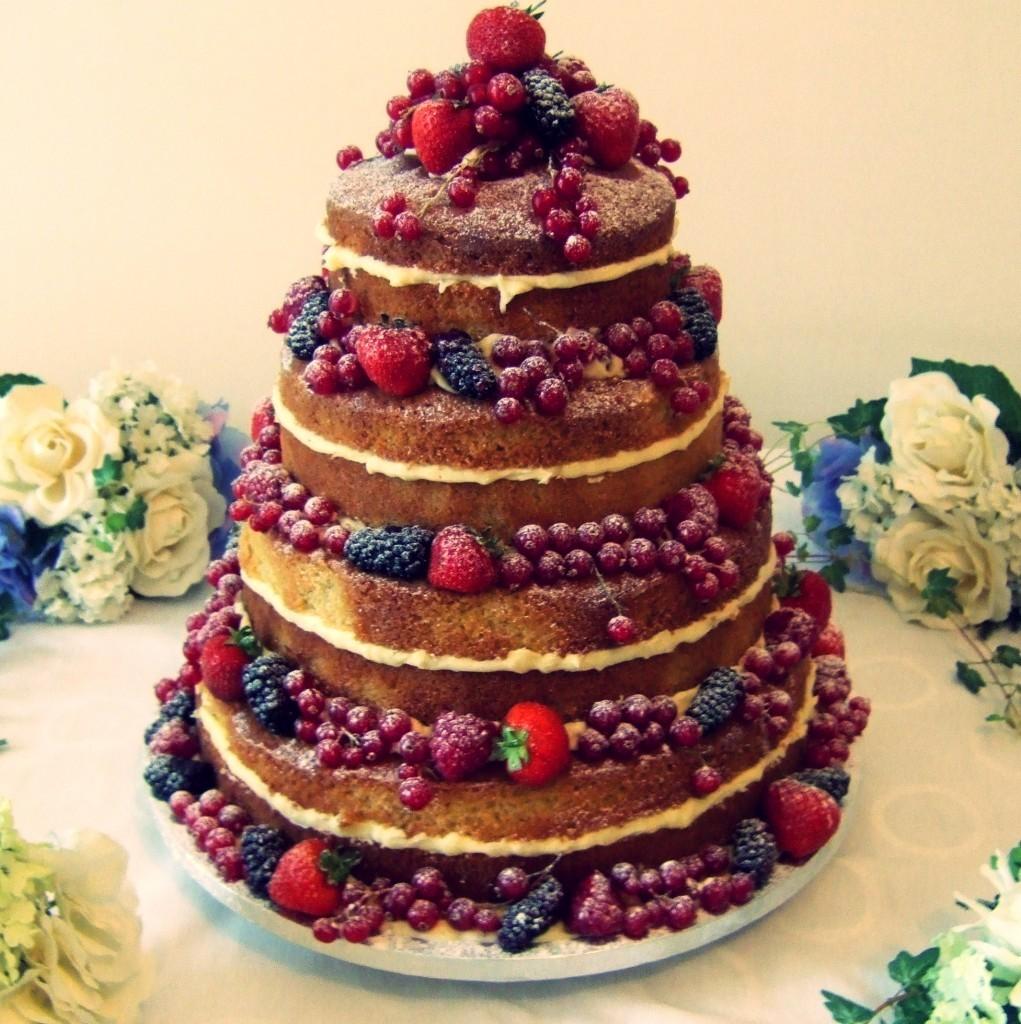 Torta nuziale wedding naked cake tendenza 2015 esempio4  Look Sposa