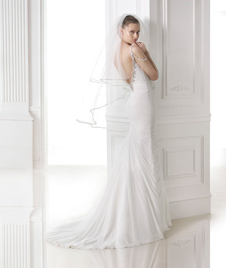 79c01b664f Velo sposa 2016 idee Pronovias27