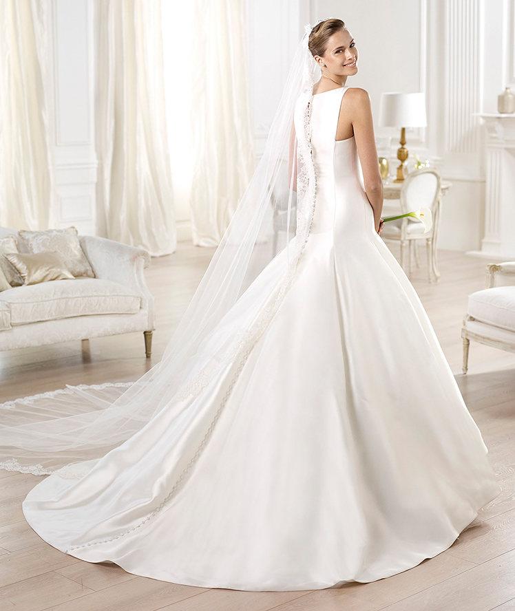 3580bac925 Velo sposa 2016 idee Pronovias29