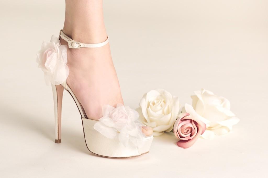 ultima moda fornire un sacco di Vendita di liquidazione Le scarpe da sposa Gina dalla collezione bridal di Serrese ...