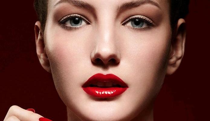spesso Il rossetto rosso per un make up da sposa sofisticato ma che  TD59