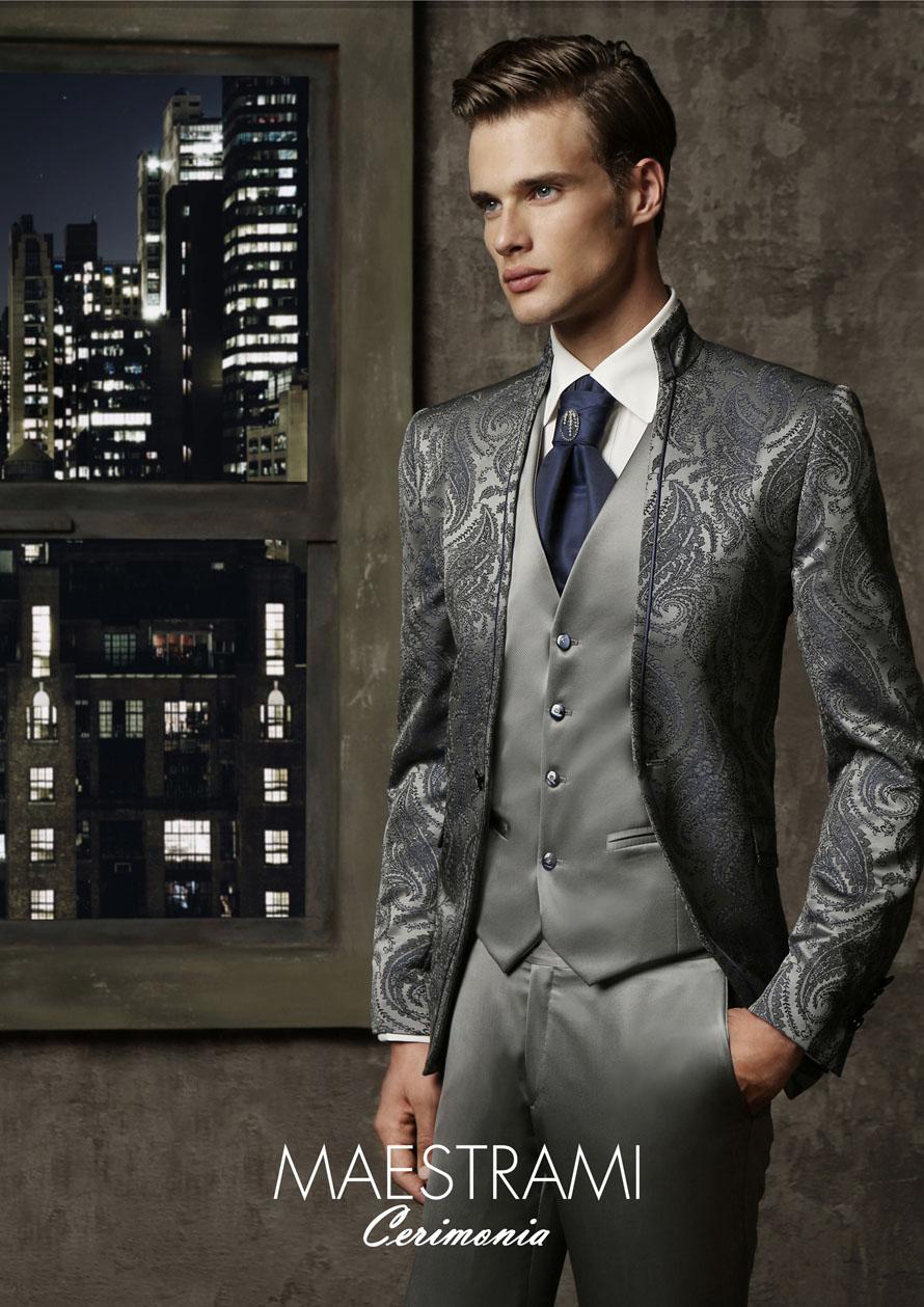 Vestito Matrimonio Uomo Grigio : Completo grigio vestito cerimonia uomo esempio