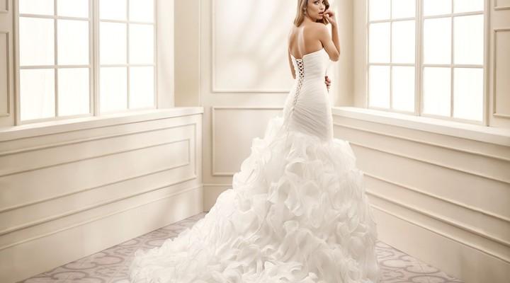 c689e35a5347 Gli abiti da sposa a sirena   le tendenze 2016