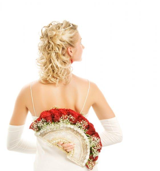 Bouquet Sposa Ventaglio.Il Bouquet Fan Il Ventaglio Arricchito Di Fiori Per La Sposa